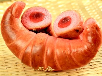 大湖草莓包餡牛角