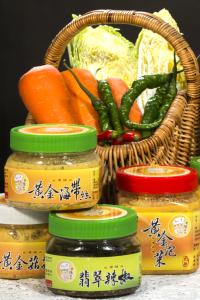 【優惠組合】黃金泡菜(大辣)*1+黃金泡菜(小辣)*1+黃金木耳*1+黃金菇菇*1+黃金海帶絲*1+翡翠辣椒*1